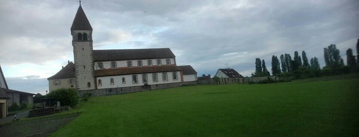 St. Peter & Paul Insel Reichenau is one of Orte, die Mirko gefallen.