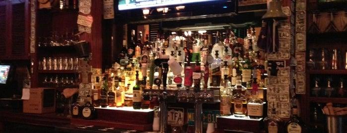 Irish Coast Pub is one of สถานที่ที่ Gillian ถูกใจ.