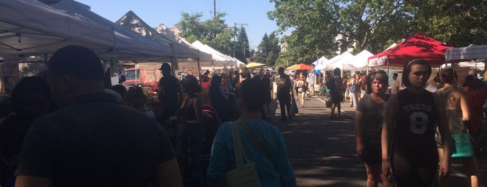 Lake City Farmers Market is one of Snap Krackleさんのお気に入りスポット.