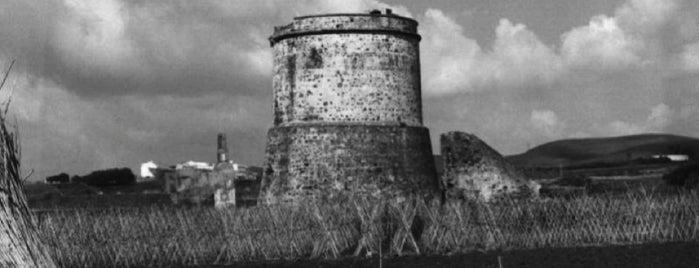 Torre Derecha o Nueva is one of Torres Almenaras en el Litoral de Andalucía.