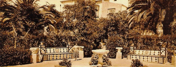 Jardines de Murillo is one of todo.