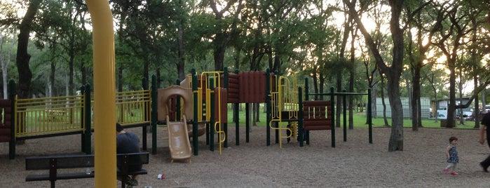 Garrison Park is one of Orte, die Lia gefallen.