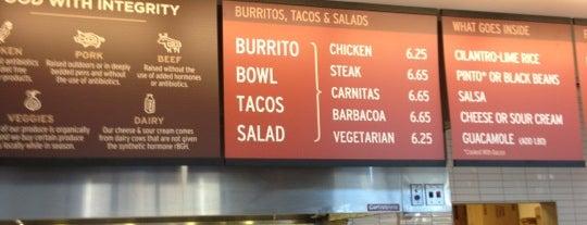 Chipotle Mexican Grill is one of Posti che sono piaciuti a Yovita.