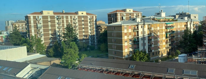 Hilton Garden Inn is one of Oleksandr : понравившиеся места.