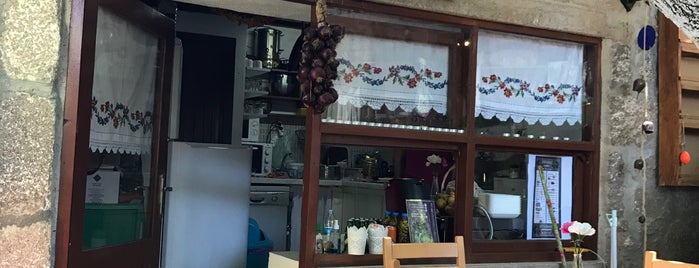 Dut Ağacı Cafe is one of Orte, die Busra gefallen.
