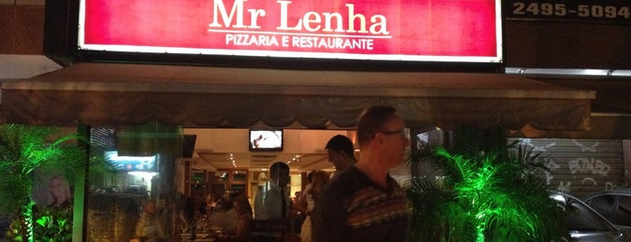 Mr Lenha - Pizzaria e Restaurante is one of Lugares favoritos de Marcello Pereira.