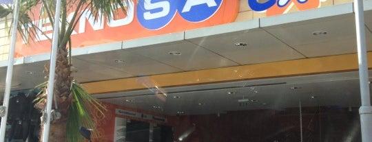 Teknosa Extra is one of สถานที่ที่ Altuğ ถูกใจ.