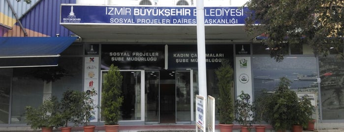 İzmir' in Sosyal Projeleri is one of Lugares favoritos de ebru.