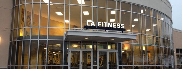 LA Fitness is one of Brooke 님이 좋아한 장소.