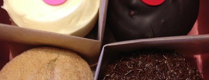 Sprinkles Cupcakes is one of Beer. Food. Yum. LA..