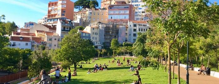Jardim da Cerca da Graça is one of Lisboa.