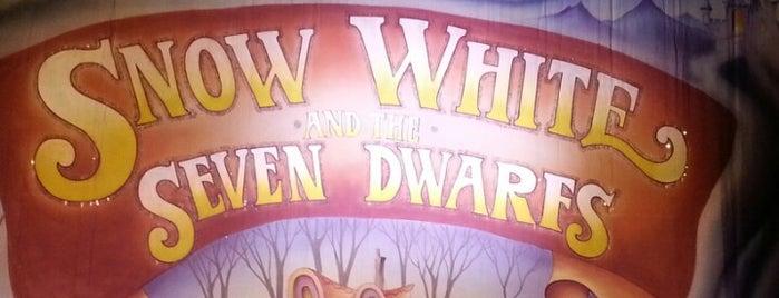 Anvil Arts Theatre is one of Wasya : понравившиеся места.