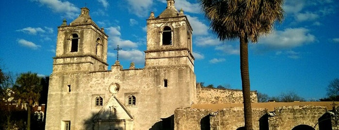 Mission Concepción is one of Locais curtidos por Divya.