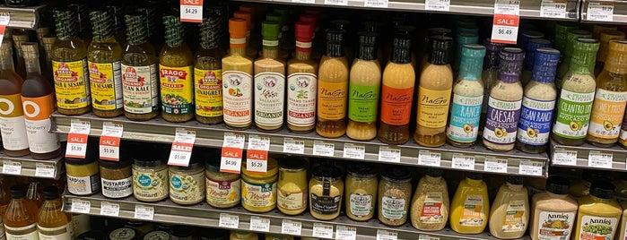 Erewhon Natural Foods Market is one of KDz LA.