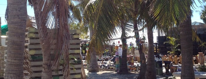 Mr Lobster Fish Market & Marina is one of Keys trip plans.