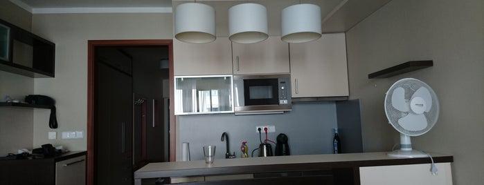 Albertov Rental Apartments is one of Julia'nın Beğendiği Mekanlar.