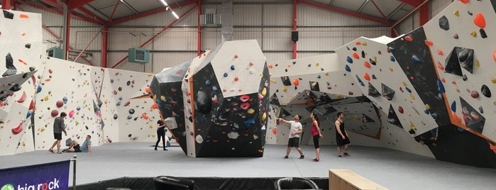 Big Rock Bond is one of Climbing Walls.