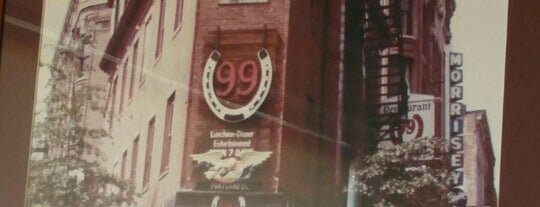 99 Restaurant is one of Orte, die Chris gefallen.