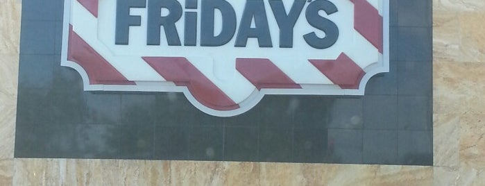 TGI Fridays is one of Lugares favoritos de Kevin.