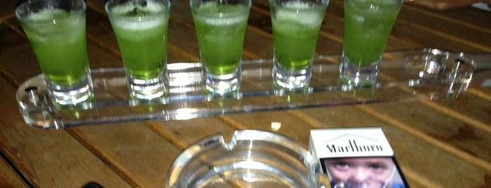 Hep Tek Shot Bar is one of ANTALYA BARLAR 🍸🍹🍷🍺🍻😵🎊🎉.