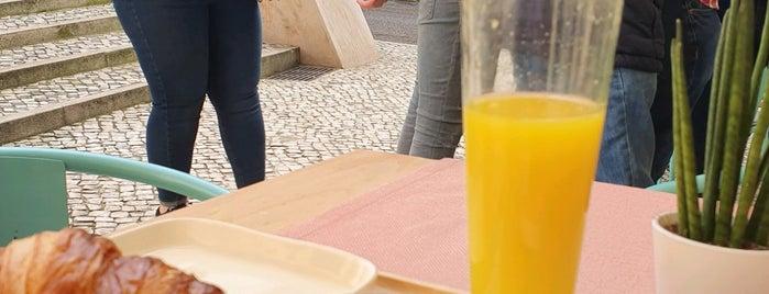 Batz is one of Lisboa.