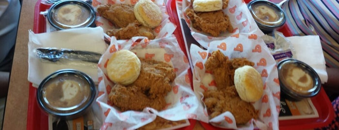 Popeyes Louisiana Kitchen is one of The Bay.
