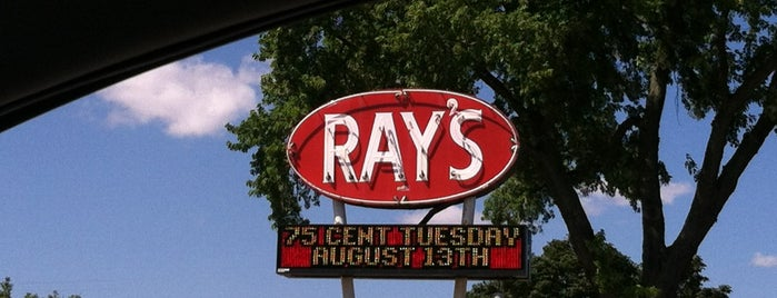 Ray's Drive-In is one of Joanna 님이 저장한 장소.