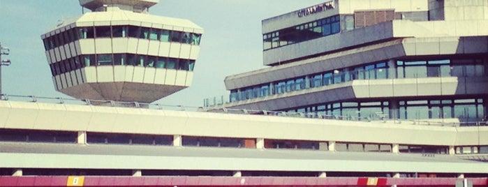 "Flughafen Berlin-Tegel ""Otto Lilienthal"" (TXL) is one of สนามบินนานาชาติ (1)."