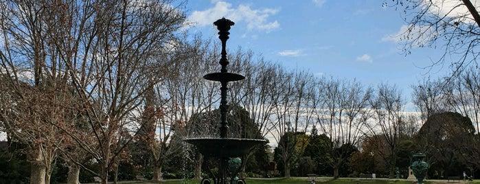 Victoria Gardens is one of Andrew'in Beğendiği Mekanlar.