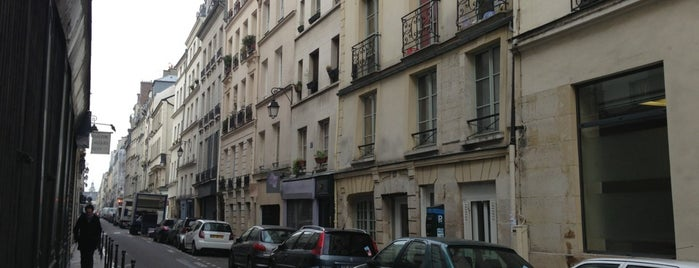 Rue Charlot is one of Paris ♡..