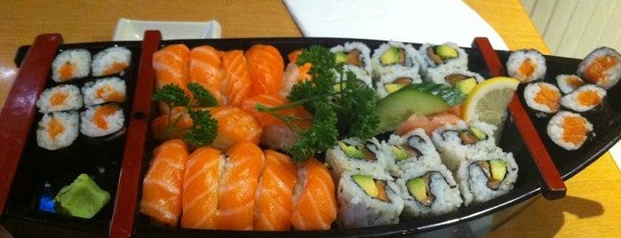 Osaka Sushi is one of Locais curtidos por serge.
