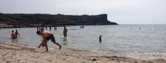 Spiaggia La Caletta is one of Locais curtidos por Ico.