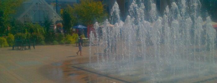 RiverScape MetroPark is one of USA Cincinnati.