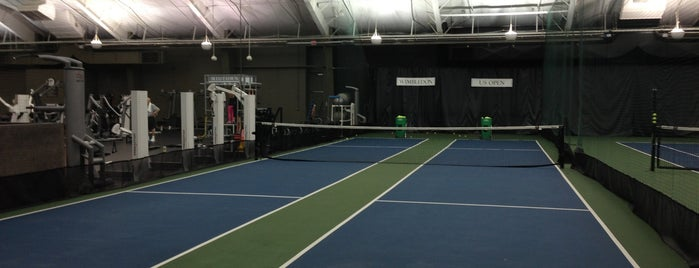 Midtown Athletic Club Rochester is one of Lieux qui ont plu à Andy.