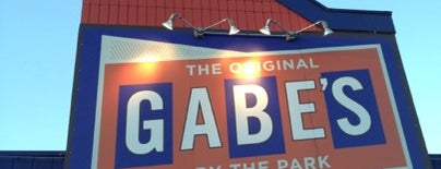 The Original Gabe's By The Park is one of Lieux qui ont plu à David.