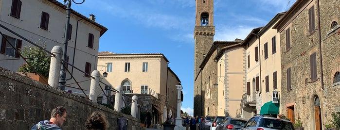 Montalcino is one of Orte, die Lydianne gefallen.