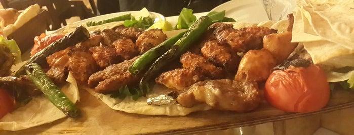 Köz Kanat Restaurant is one of İSTANBUL (2) GURME MEKANLARI (devamı).
