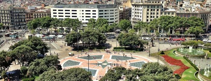 Plaza de Cataluña is one of Barcellona Da vedere.