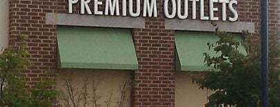 Philadelphia Premium Outlets is one of DE.