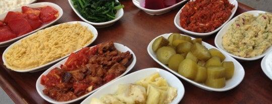 Yalın Balık is one of Posti che sono piaciuti a Ozy.