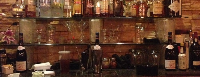 Enoteca Pizzeria & Wine Bar is one of Tucson - Great Downtown Eats/Drinks.