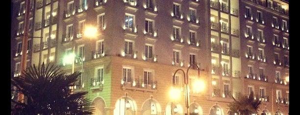 Mediterranean Palace Hotel is one of Muhlis 님이 저장한 장소.
