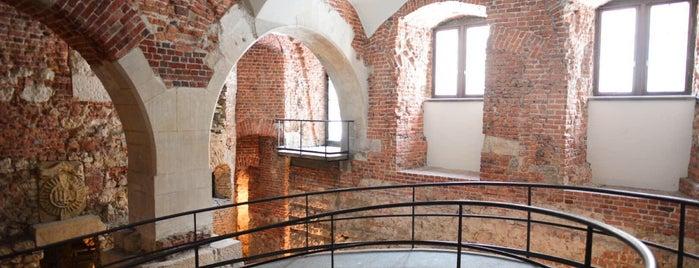 Wystawa: Wawel Zaginiony | Lost Wawel is one of Carlさんのお気に入りスポット.