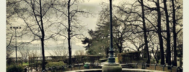 Esplanade de Montbenon is one of Tempat yang Disukai Sebastian.