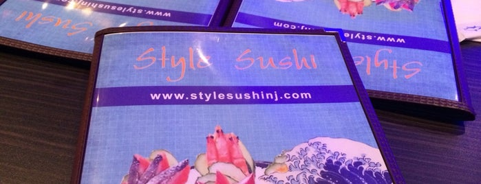 Style Sushi is one of Lizzie 님이 저장한 장소.