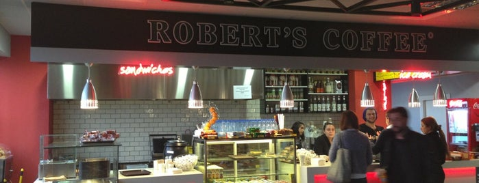 Robert's Coffee is one of Lieux qui ont plu à Barış.