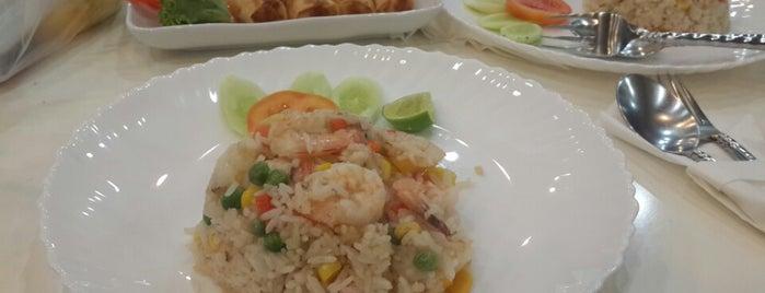 Siam House Café Restaurant is one of Amazing Bangkok food.