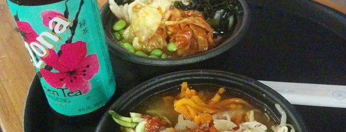 Zzaam! Fresh Korean Grill is one of Lieux qui ont plu à Liam.