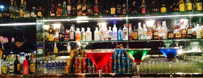 Bar de la Musique is one of Luis : понравившиеся места.