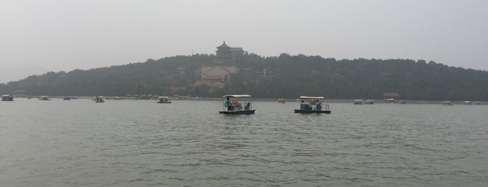Kunming Lake is one of Winnie 님이 좋아한 장소.